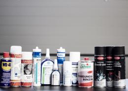 Aerosole und Kleb- und Dichtstoffe
