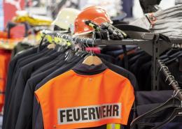 Feuerwehr Einsatzbekleidung und Ausgehuniform